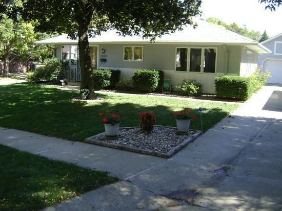 2500 S Olive St, Sioux City, IA 51106 - Zillow