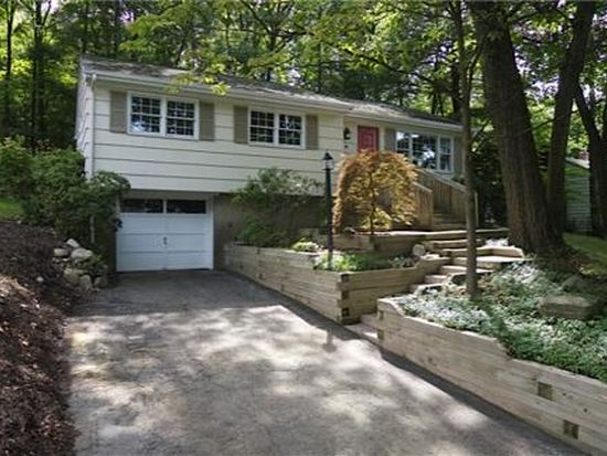 6 Oneida Ave Oakland Nj 07436 Zillow