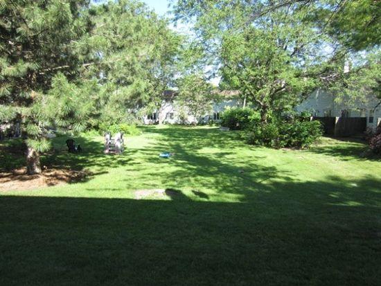 65 Lakewood Gardens Ln, Madison, WI 53704 | Zillow