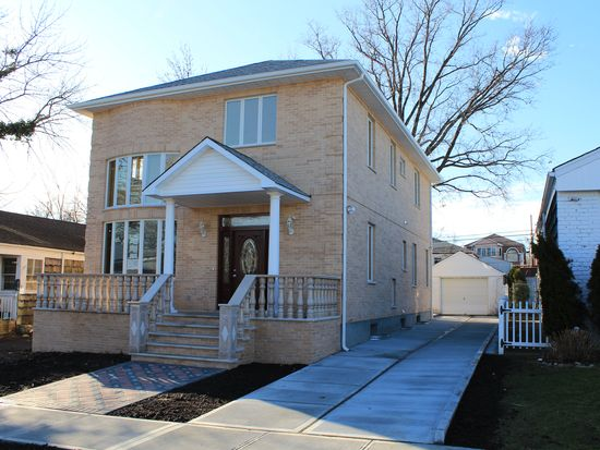 6936 168th St Fresh Meadows Ny 11365 Zillow