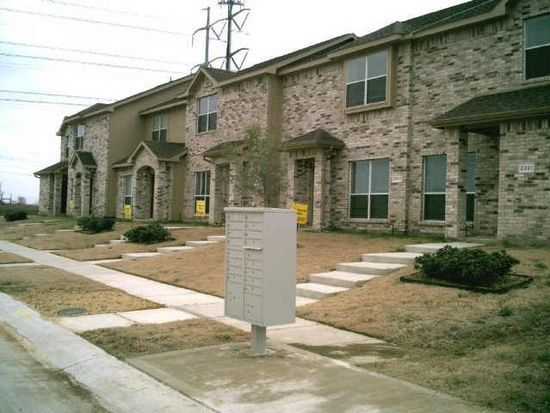 2321 homewood ln grand prairie tx 75050 zillow for Modern home decor grande prairie