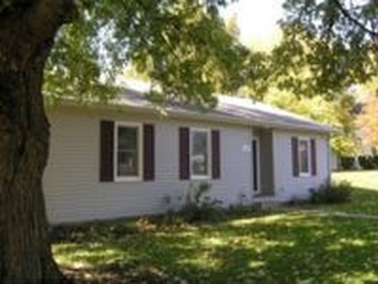 214 S Market St Knoxville Il 61448 Zillow