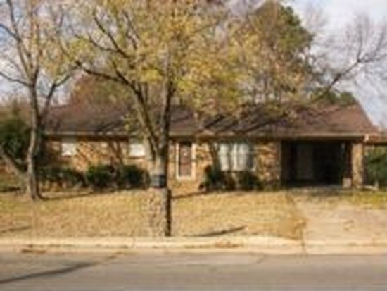 510 wilkins ave jonesboro ar 72401 zillow for Bath remodel jonesboro ar