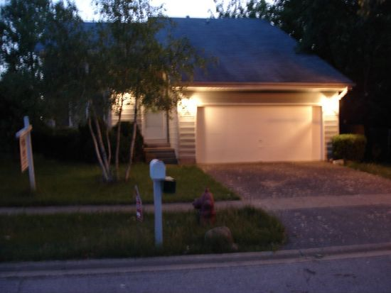 308 Greenview Dr, Park City, IL 60085 | Zillow