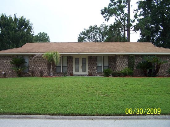 7065 Holiday Hill Ct Jacksonville Fl 32216 Zillow