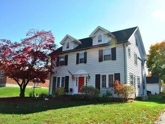 303 Browncroft Blvd Rochester Ny 14609 Zillow