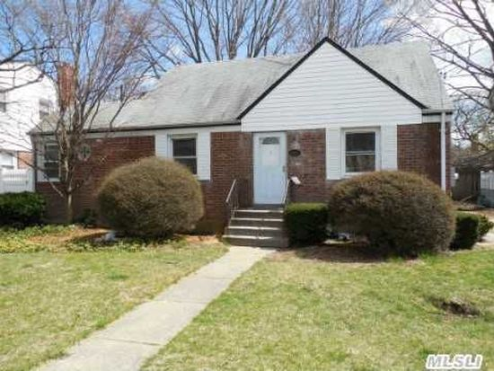 1620 Powers Ave East Meadow Ny 11554 Zillow