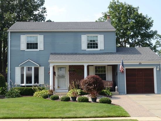 6 Briar Rd Freehold Nj 07728 Zillow