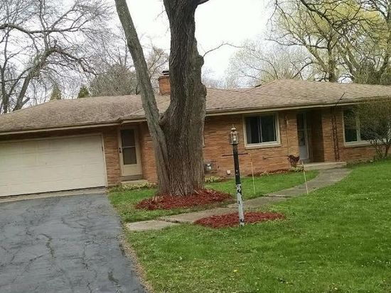 604 W Mequon Rd, Mequon, WI 53092 | Zillow