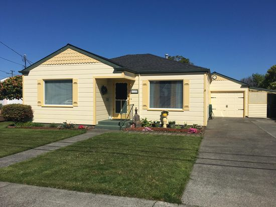 1537 R St, Eureka, CA 95501 | Zillow