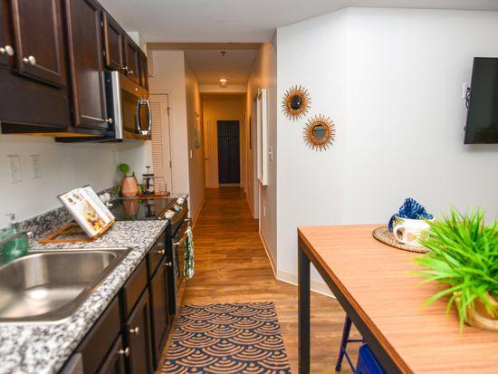 61 Vandy Student Housing Apartments   Charleston, SC | Zillow