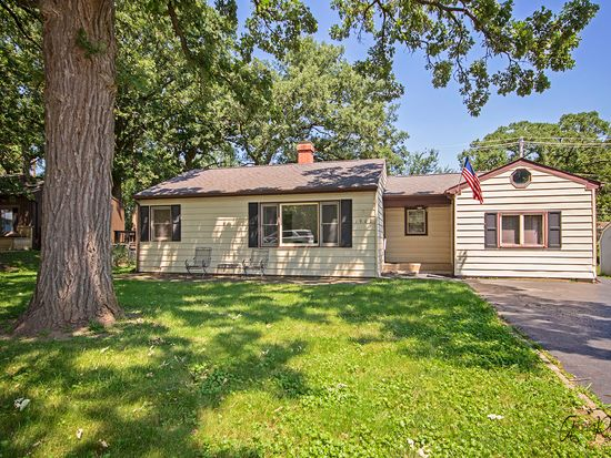 1902 Grandview Dr Johnsburg Il 60051 Zillow