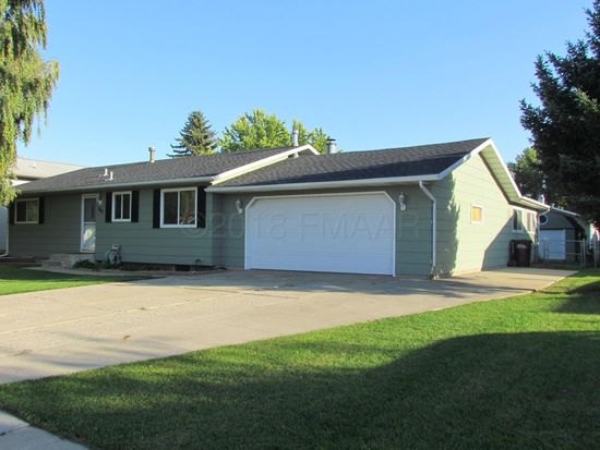 649 7th Ave E West Fargo Nd 58078 Zillow