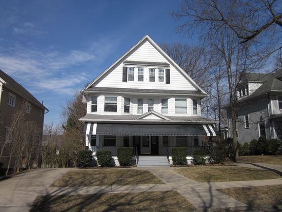 They Helped Make History At 1709 Monroe >> 1707 Monroe Ave Dunmore Pa 18509 Zillow
