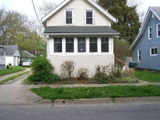2349 25th St SW, Akron, OH 44314   Zillow