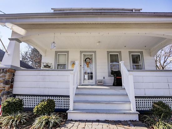 16 Stokes St Freehold Nj 07728 Zillow