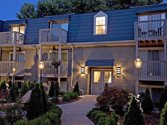 Amazing 1049 Cherokee Rd One Bedroom Louisville Ky 40204 Zillow Download Free Architecture Designs Scobabritishbridgeorg