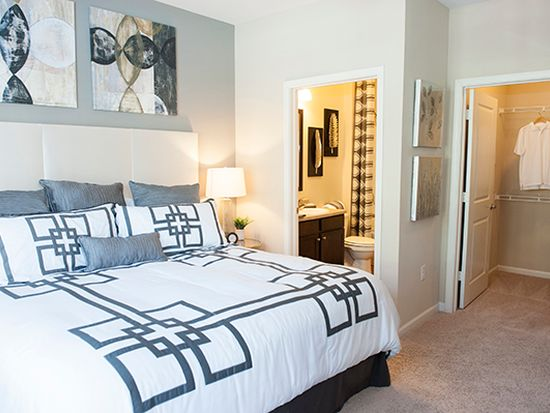 Fabulous Sterling Towncenter Apartments Raleigh Nc Zillow Home Interior And Landscaping Ferensignezvosmurscom
