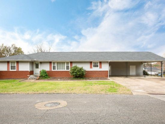 805 Grandview Ave, Chattanooga, TN 37405 | Zillow