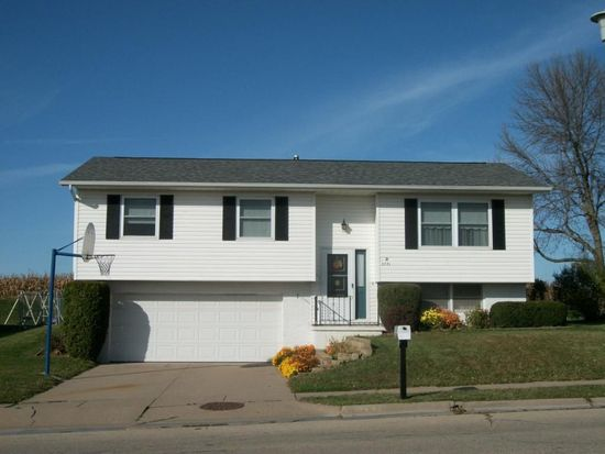 3771 Hillcrest Rd Dubuque Ia 52002 Zillow