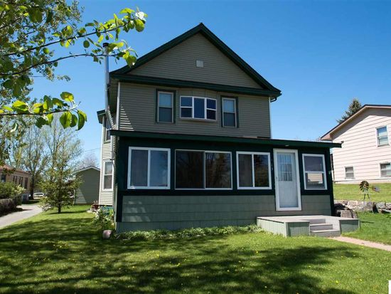 213 Morrison Ave, Coleraine, MN 55722 | Zillow on