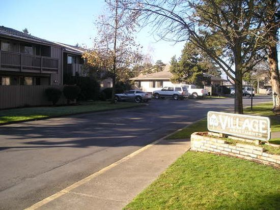 725 Royal Ave Apt 49 Medford Or 97504 Zillow