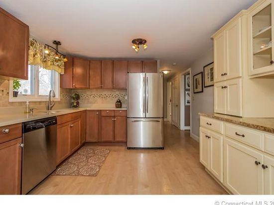 32 Timberline Dr #32 32, Farmington CT, 06032 for sale | Homes.com