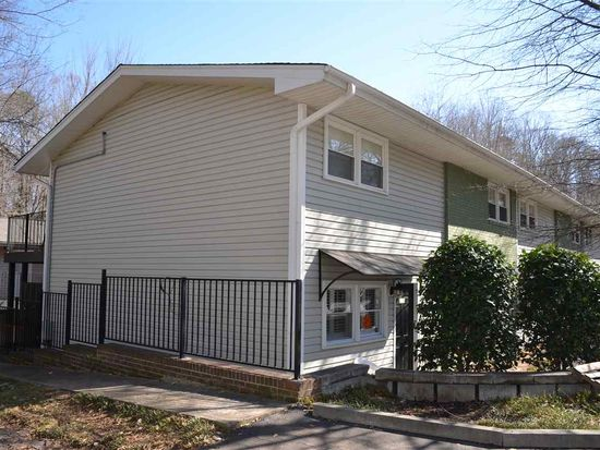 South Carolina Clemson 29631 99 Wyatt Avenue Apartment 216