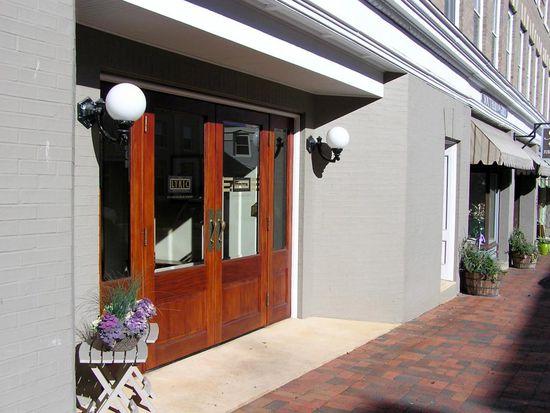 125 S Main St Lexington Va 24450 Apartments For Rent Zillow