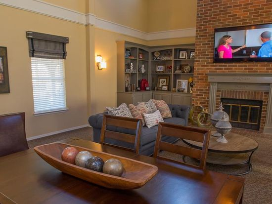 Waterford Apartments - Tulsa, OK | Zillow