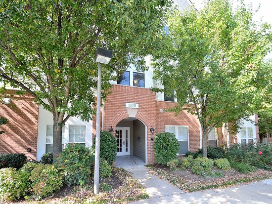 1520 N Point Dr APT 2, Reston, VA 20194 | Zillow