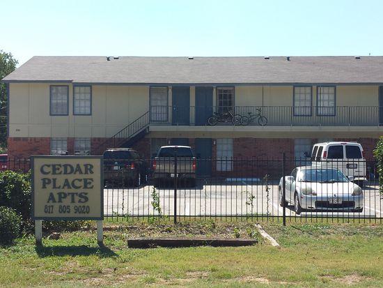 106 E Cedar St APT 4  Arlington  TX 76011   Zillow. 3 Bedroom Apartments In Arlington Tx 76011. Home Design Ideas