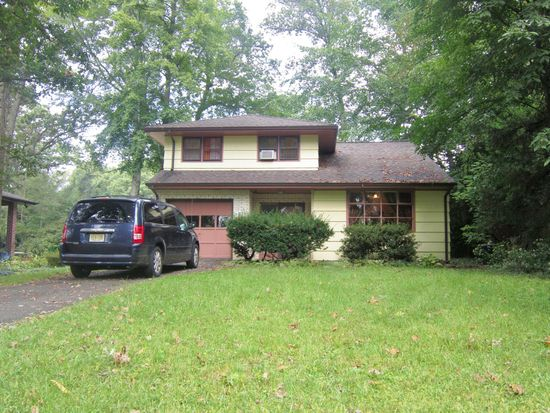 39 highview ave woodcliff lake nj 07677 zillow rh zillow com
