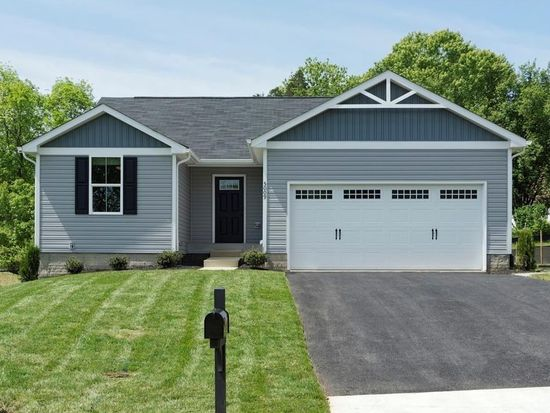 1213 shannon ln xenia oh 45385 mls 726193 zillow