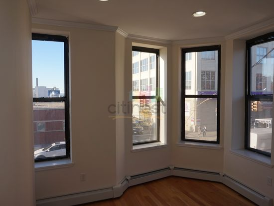 5601 2nd ave tw2be brooklyn ny 11220 zillow for Kitchen cabinets 2nd ave brooklyn