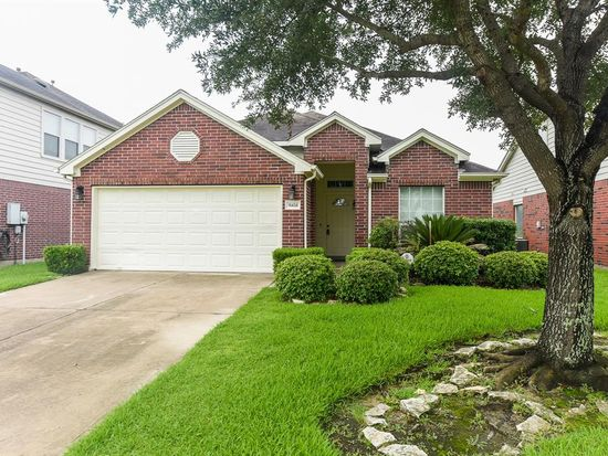 Astounding 16434 Green Feather Dr Houston Tx 77049 Zillow Home Remodeling Inspirations Genioncuboardxyz