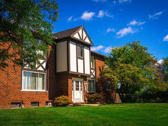 Maple Grove Apartments