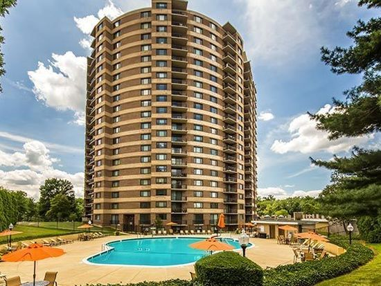Maryland · Silver Spring · 20902; The Warwick Apartments