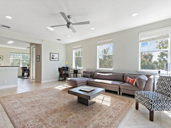 127 SW 2nd Ave, Delray Beach, FL 33444 | MLS #RX 10406774 | Zillow