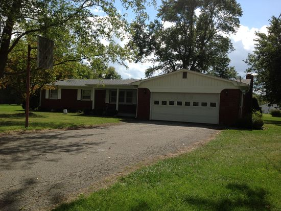 7151 mills rd indianapolis in 46221 zillow rh zillow com