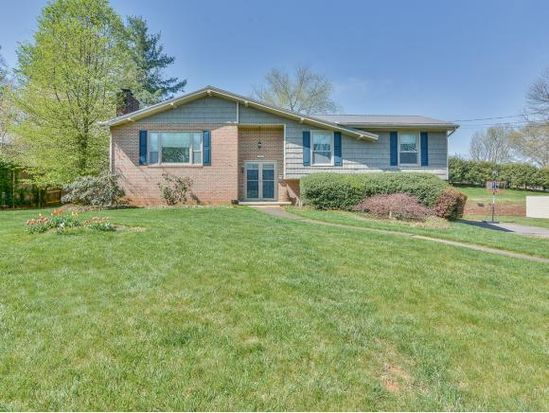 1807 New Haven Dr Johnson City Tn 37604 Zillow