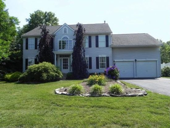 375 Hidden Oaks Dr, Yardley, PA 19067 | Zillow