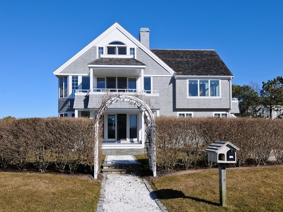 122 Shore Dr W Mashpee Ma 02649 Zillow