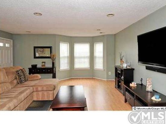 319 Tulip Ln Freehold Nj 07728 Zillow