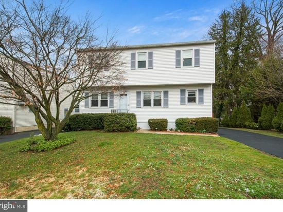 2951 Elliott Ave, Willow Grove, PA 19090 - Zillow