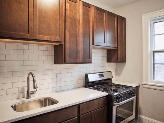 apt: one bedroom plus den - 2222 nicollet in minneapolis, mn | zillow