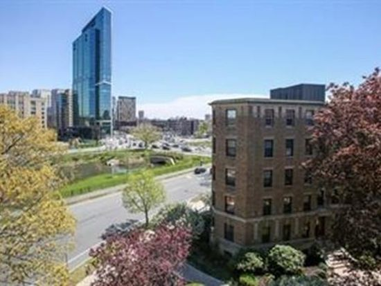 118 Riverway Boston, MA, 02215 - Apartments for Rent | Zillow on