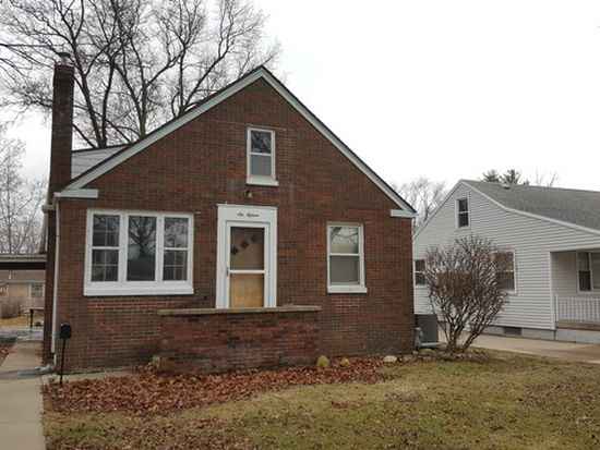 615 W Boys St Streator Il 61364 Zillow