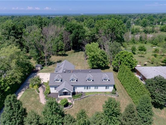 28835 Eddy Rd Willoughby Hills Oh 44092 Zillow