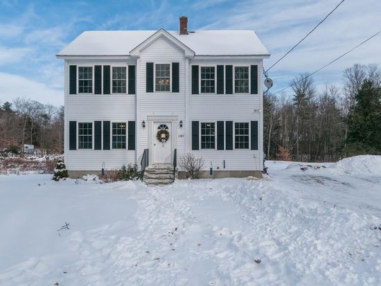 1387 Green St Gardner MA 01440 Zillow